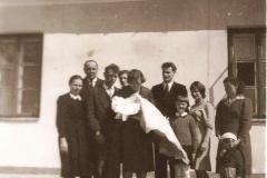 PARAFIA_podwórko_dachówkana Sarepcie_1963