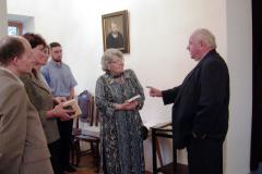 Pani I. Perczyńska i ks. H. Czembor wrzesień 2004r